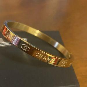 Beautiful ❤️ Gold Bracelet